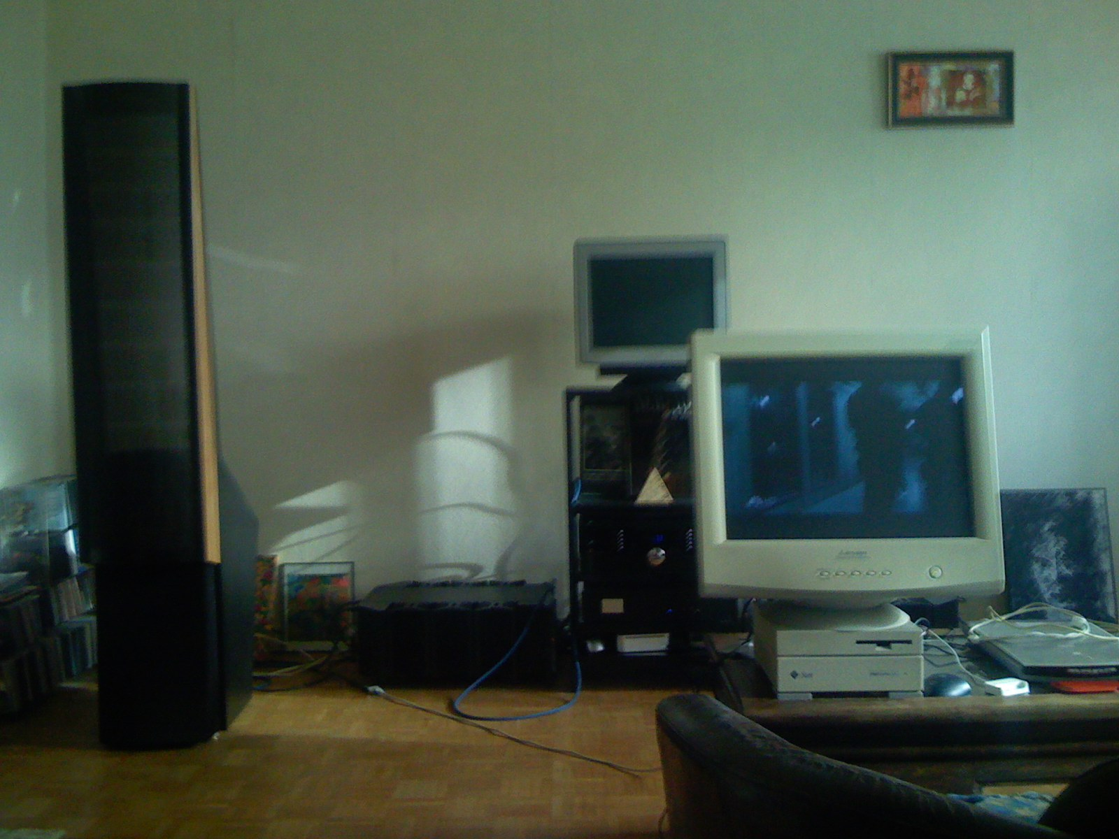 Chaîne 2008 Martin Logan Odyssey, MBL 9006, MBL 5011, 3D Lab DAC2000 vue gauche
